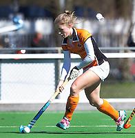 AMSTELVEEN - HOCKEY - Laura Nunnink van OZ tijdens de hoofdklasse hockeywedstrijd tussen de vrouwen van Hurley en Oranje-Zwart.  COPYRIGHT KOEN SUYK