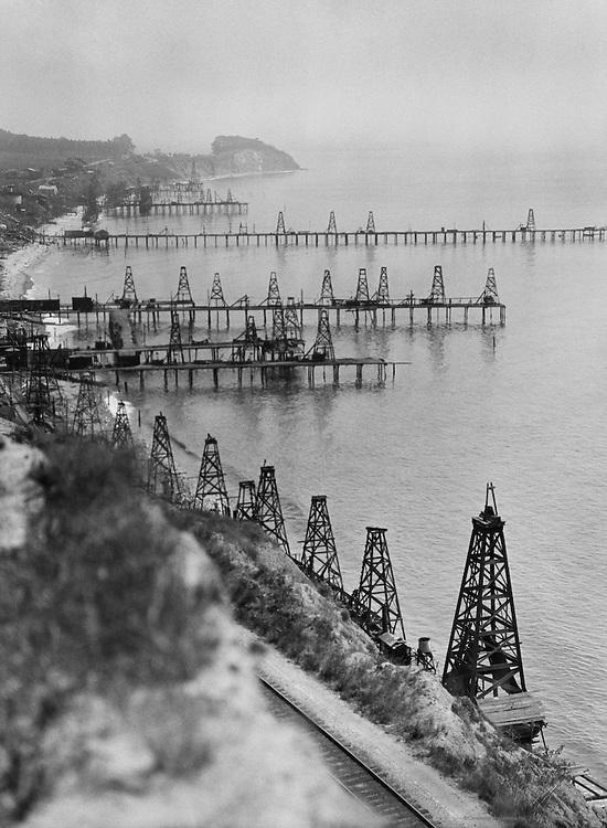 Oil Fields on the California Coast, USA, 1926