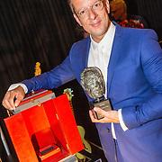 NLD/Amsterdam/20160620 - Uitreiking Johan Kaartprijs 2016, Alex Klaassen met de Johan Kaartprijs