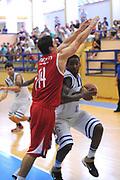 DESCRIZIONE : Varallo Torneo di Varallo Lega A 2011-12 Banco di Sardegna Sassari Cimberio Varese<br />GIOCATORE : Keith Benson<br />CATEGORIA :  Penetrazione<br />SQUADRA : Banco di Sardegna Sassari<br />EVENTO : Campionato Lega A 2011-2012<br />GARA : Banco di Sardegna Sassari Cimberio Varese<br /> DATA : 10/09/2011<br />SPORT : Pallacanestro<br />AUTORE : Agenzia Ciamillo-Castoria/A.Dealberto<br />Galleria : Lega Basket A 2011-2012<br />Fotonotizia : Varallo Torneo di Varallo Lega A 2011-12 Banco di Sardegna Sassari Cimberio Varese<br />Predefinita :