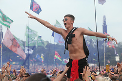 © Licensed to London News Pictures. 29/06/2019. Glastonbury , UK. The crowd reacts to Liam Gallagher on the Pyramid stage at Glastonbury Festival in Somerset. Photo credit: Jason Bryant/LNP