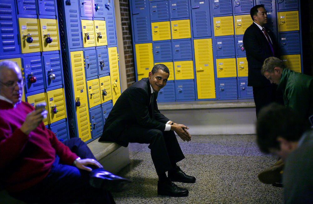Democratic presidential candidate U.S. Senator Barack Obama (D-IL) sits back stage before being introduced at a campaign stop at Washington Middle School in Clinton, Iowa, December 28, 2007.  REUTERS/Jim Young