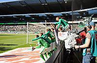 Fotball<br /> Tyskland<br /> 19.04.2015<br /> Foto: Witters/Digitalsport<br /> NORWAY ONLY<br /> <br /> Schlussjubel Bremen<br /> Fussball Bundesliga, SV Werder Bremen - Hamburger SV 1:0