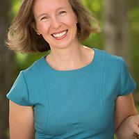 Jennifer Raymond Business and Lifestyle Portraits