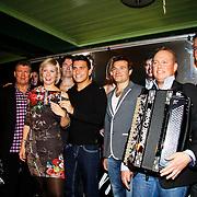 NLD/Volendam/20101018 - Cd presentatie Mon Amour, Jan Smit en bandleden