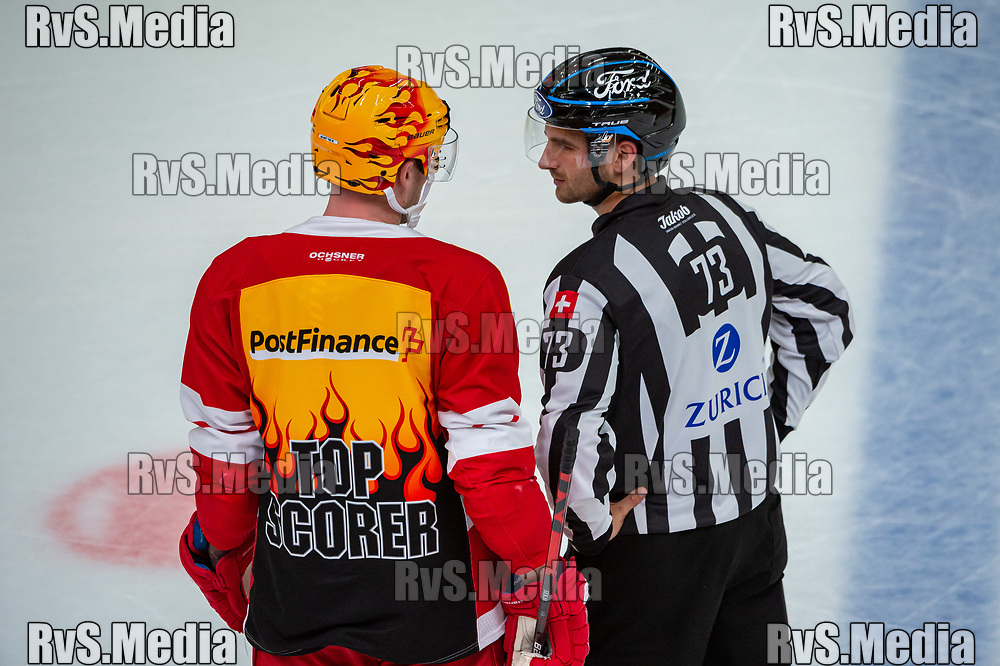 LAUSANNE, SWITZERLAND - OCTOBER 01: TopScorer Jiri Sekac #92 of Lausanne HC speaks with linesman during the Swiss National League game between Lausanne HC and ZSC Lions at Vaudoise Arena on October 1, 2021 in Lausanne, Switzerland. (Photo by Robert Hradil/RvS.Media)