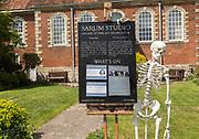 Sarum Studio, Fine Art, Wren Hall, Cathedral Close, Salisbury, Wiltshire, England, UK