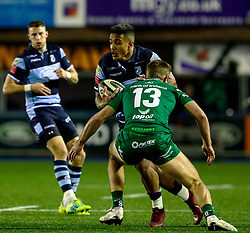 Rey Lee-Lo of Cardiff Blues under pressure from Kyle Godwin of Connacht<br /> <br /> Photographer Simon King/Replay Images<br /> <br /> Guinness PRO14 Round 14 - Cardiff Blues v Connacht - Saturday 26th January 2019 - Cardiff Arms Park - Cardiff<br /> <br /> World Copyright © Replay Images . All rights reserved. info@replayimages.co.uk - http://replayimages.co.uk