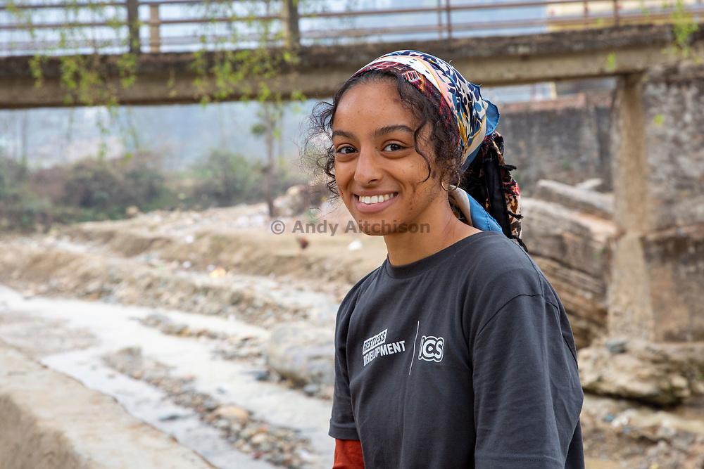 Kazna Asker, UK volunteer from the Tikabhairav group, Tikabhairav, Karyabinayak,  Nepal. ICS / Restless Development volunteers in the Dakshinkali region of Nepal. (© Andy Aitchison / ICS)