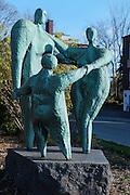 Statue Affinité, Hans Schleeh<br /> , Art Public, Parc du Mont-Royal, Montréal, Québec Canada