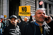 Protesta dei tassisti sotto Palazzo Chigi contro il decreto milleproroghe, Roma 21 Febbraio 2017.Christian Mantuano / OneShot<br />