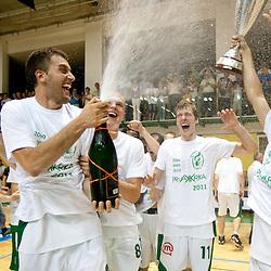 20110611: SLO, Basketball - Slovenian National Championship, KK Krka vs KK Union Olimpija