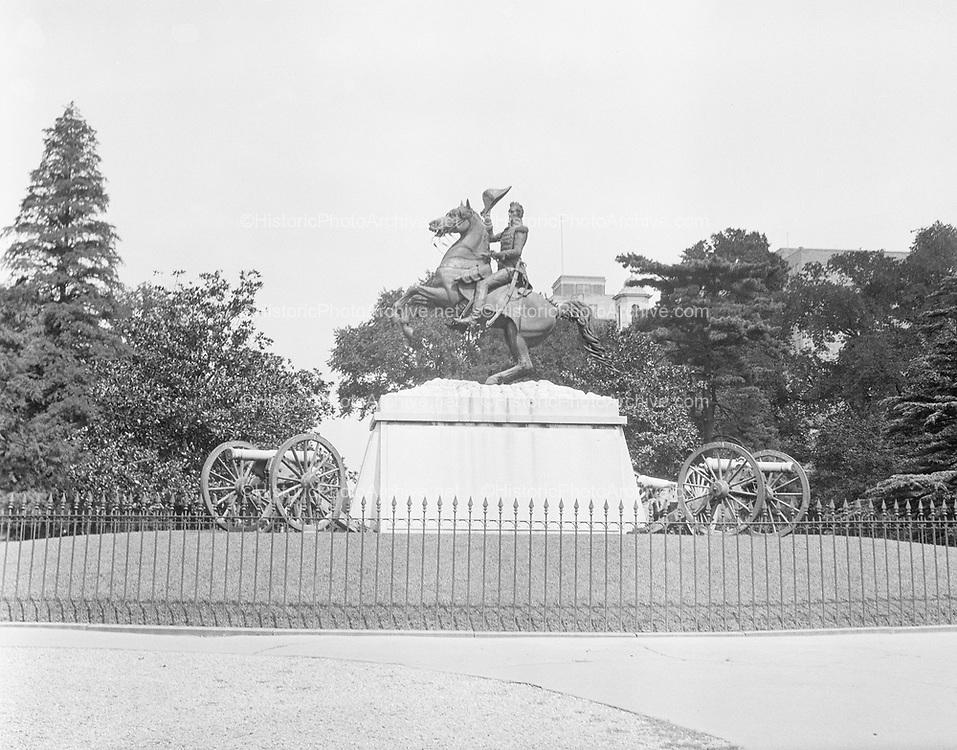 0613-B053.  Andrew Jackson statue, Lafayette Park, 16th & Pennsylvania Ave. NW. Washington, DC, 1922