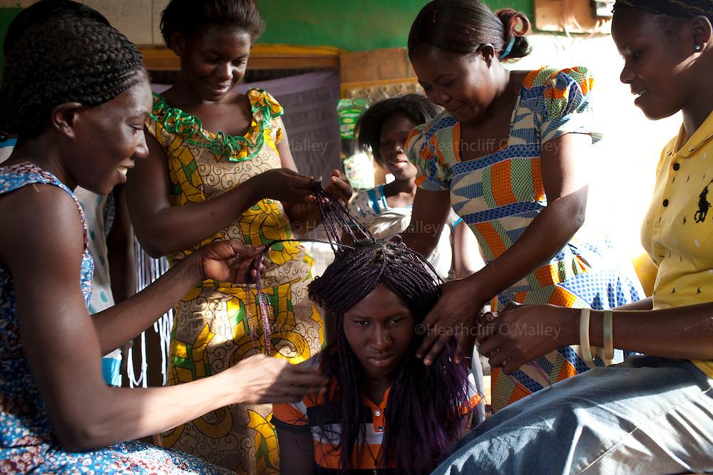 People in the village of Manyoro, in the Bolgatanga municipality of North Eastern Ghana...Ghana 20 January 2012.