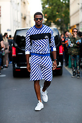 Street style, Brice Butler arriving at Kenzo Spring-Summer 2019 menswear show held at Maison de la Mutualite, in Paris, France, on June 24th, 2018. Photo by Marie-Paola Bertrand-Hillion/ABACAPRESS.COM