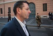 Militare dell'Esercito dell'operazione 'Strade Sicure' nei pressi del Vaticano. Roma 16 Novembre 2015. Daniele Stefanini per L'Espresso / OneShot