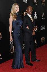 Paige Butcher, Eddie Murphy bei der Ankunft zu den 2016 Hollywood Film Awards in Beverly Hills<br /> <br /> / 061116<br /> <br /> *** 2016 Hollywood Film Awards in Beverly Hills; November 6th, 2016 ***