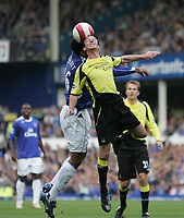 Photo: Andi Thompson.<br />Everton v Manchester City. The Barclays Premiership. 30/09/2006.<br />Manchester City's Stephen Ireland (front) and Everton's Joleon Lescott (back) challenge for the ball
