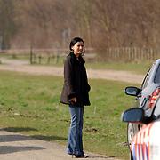 Duitse auto gevonden onder verdachte omstandigheden parkeerplaats Stichtse Strand Voorland Blaricum.politie, familie,