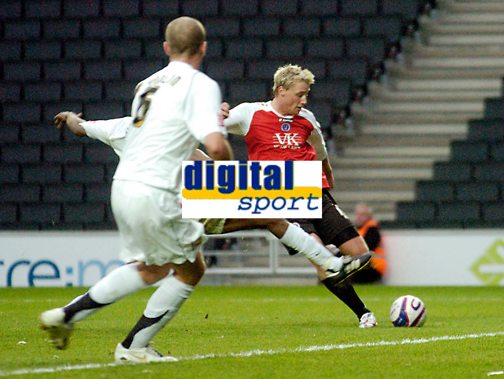 Photo: Leigh Quinnell/Sportsbeat Images.<br /> Milton Keynes Dons v Chesterfield. Coca Cola League 2. 24/11/2007. Felix Bastians fires home a goal for Chesterfield.