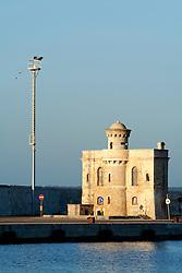Edificio sul molo del porto di Gallipoli (LE)