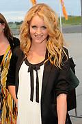 Premiere nieuwe cast Soldaat van Oranje<br /> Caption op het voormalige vliegveld Valkenburg in Katwijk. De musical blijft hier nog tot en met januari 2012 te zien in de TheaterHangaar. <br /> <br /> Op de foto:<br /> <br />  Liza Sips