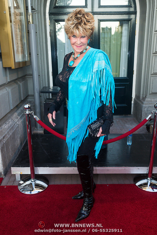 NLD/Amsterdam/20130903 - Inloop premiere Stiletto 2, Astrid Engels