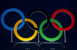 03-08-2016 BRA: Olympic Games day -3, Rio de Janeiro<br /> Training Nederland in het Beach Volleyball Arena op de Copacabana / Olympische ringen logo