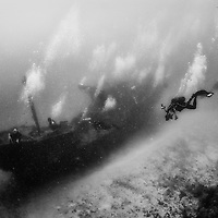 Fesdu Wreck, bottom at 30m in Maldives