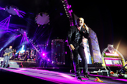 Alexandre Pires do Só Pra Contrariar no palco principal  do Planeta Atlântida 2014/SC, que acontece nos dias 17 e 18 de janeiro de 2014 no Sapiens Parque, em Florianópolis. FOTO: Vinícius Costa/ Agência Preview