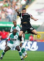 v.l. Pierre Wome, Vaclav Sverkos Gladbach<br /> Bundesliga SV Werder Bremen - Borussia Moenchengladbach <br />  Norway only