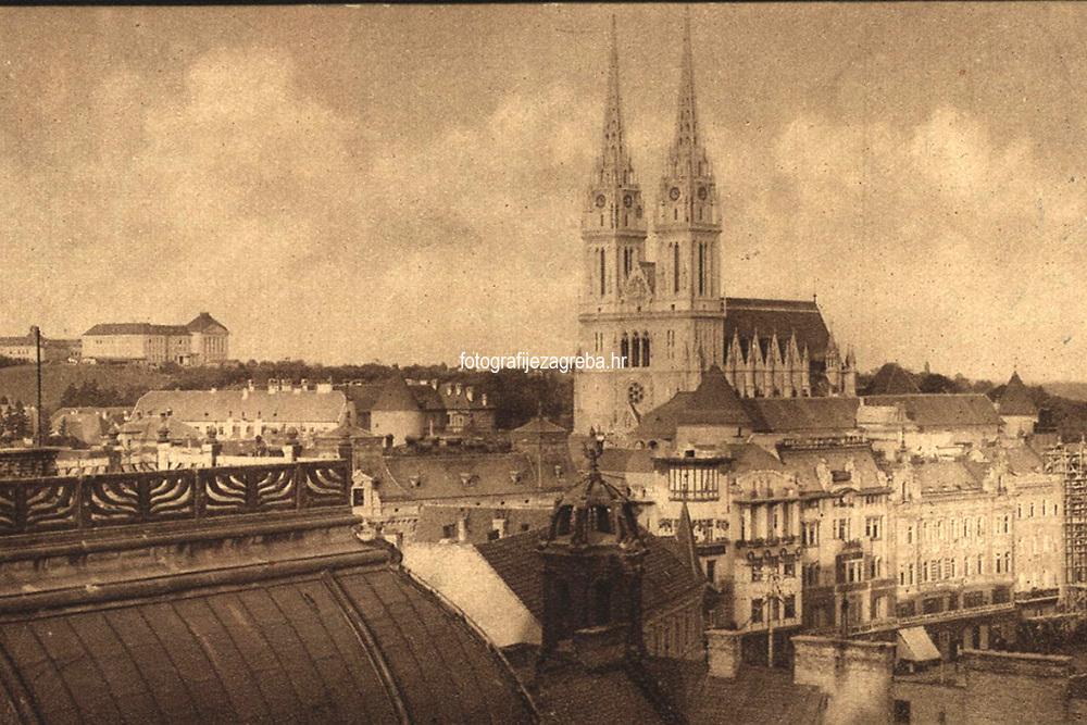 Zagreb : Stolna crkva = La cathédrale. <br /> <br /> ImpresumZagreb : Jos. Čaklović Photogravure, [1923].<br /> Materijalni opis1 razglednica : tisak ; 8,3 x 13,6 cm.<br /> Mjesto izdavanjaZagreb<br /> Vrstavizualna građa • razglednice<br /> ZbirkaGrafička zbirka NSK • Zbirka razglednica<br /> Formatimage/jpeg<br /> PredmetZagreb –– Kaptol<br /> Katedrala Uznesenja Marijina (Zagreb)<br /> SignaturaRZG-KAP-47<br /> NapomenaRazglednica je putovala 1923. godine.<br /> PravaJavno dobro<br /> Identifikatori000955535<br /> NBN.HRNBN: urn:nbn:hr:238:077627 <br /> <br /> Izvor: Digitalne zbirke Nacionalne i sveučilišne knjižnice u Zagrebu