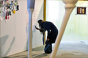 Nederland, the Netherlands, Eindhoven, 23-10-2015Tijdens de Dutch designweek kan het publiek op Strijp bij het Klokgebouw, het eindexamenwerk zien van de studenten van de designacademie. Projecten van alle afgestudeerden van Design Academy. Ook is er een beurs met innovatieve producten en ideeen. Alles is te zien in de oude fabrieken van Philips, het industrieel erfgoed van de stad. Hiet zitten nu veel startups, jonge bedrijfjes die iets nieuws in de markt willen zetten.FOTO: FLIP FRANSSEN/ HH