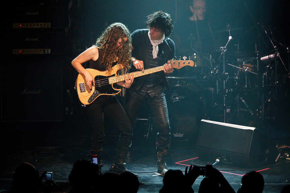 NEW YORK, NY - APRIL 10: Austrailian guitarist Jeff Beck performs with his band at Irving Plaza on April 10, 2009 in New York, New York. (PHOTO CREDIT: Eric M. Townsend)