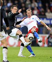 v.l. Alexander Meier , David Rozehnal HSV<br /> Bundesliga Hamburger SV - Eintracht Frankfurt<br /> <br /> Norway only