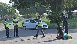 South Africa - Durban - 27 April 2020 - Metro police reprimand members of the public breaking lockdown regulations by making them do exercises in Glenwood<br /> Picture: Doctor Ngcobo/African News Agency(ANA)
