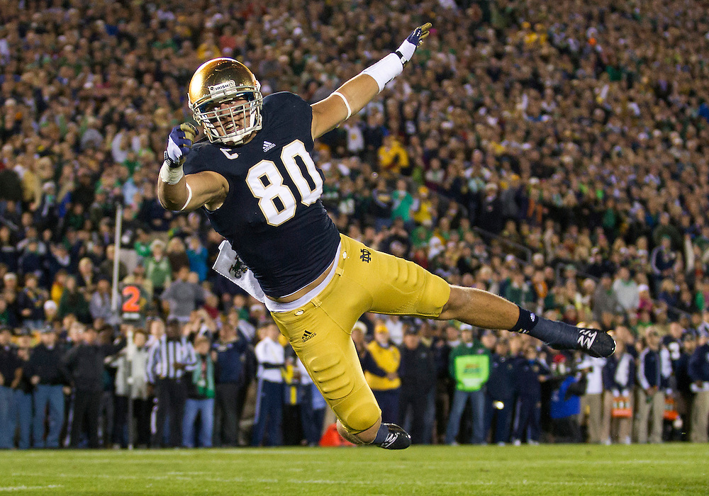 September 22, 2012:  Notre Dame tight end Tyler Eifert (80) attempts to catch pass during NCAA Football game action between the Notre Dame Fighting Irish and the Michigan Wolverines at Notre Dame Stadium in South Bend, Indiana.  Notre Dame defeated Michigan 13-6.