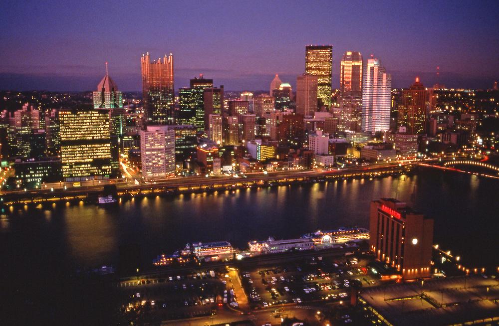 Pittsburgh Skyline, from Mount Washington, Night Lights, Monongahela River, Golden Triangle, PA