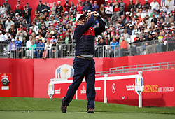 USA's Huey Lewis during a celebrity golf match ahead of the 41st Ryder Cup at Hazeltine National Golf Club in Chaska, Minnesota, USA. PRESS ASSOCIATION Photo. Picture date: Tuesday September 27, 2016. See PA story GOLF Ryder. Photo credit should read: Peter Byrne/PA Wire. RESTRICTIONS: Use subject to restrictions. Editorial use only. No commercial use. Call +44 (0)1158 447447 for further information.