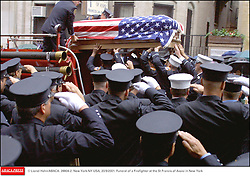 © Lionel Hahn/ABACA. 28804-2. New York-NY-USA, 20/9/2001. Funeral of a Firefighter at the St Francis of Assisi in New York  | 28804_02