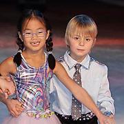 NLD/Amsterdam/20081209 - Perspresentatie Kinderen Sterren Dansen op het IJs 2008, Jan Bauer en schaatspartner Ju/Lin de Visser
