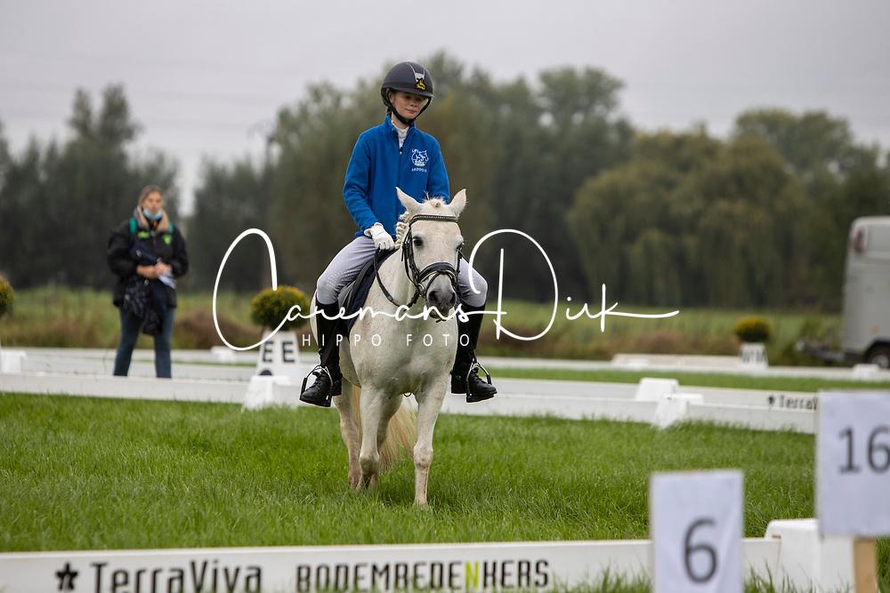 Gardeyn Giara, BEL, Winnie<br /> Nationaal Kampioenschap LRV <br /> Ponies Dressuur - Oudenaarde 2020<br /> © Hippo Foto - Dirk Caremans<br /> 03/10/2020