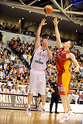 Tony Ronaldson (NZ)<br /> New Zealand Breakers vs Melbourne Tigers<br /> Basketball- NBL Semi Finals Game 1<br /> Melbourne / Weds 25 Feb 2009<br /> © Sport the library / Jeff Crow