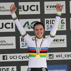 26-01-2020: Wielrennen: Wereldbeker Veldrijden: Hoogerheide <br />Shirin van Anrooij wereldkampioen junior vrouwen