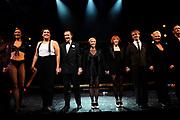 Premiere van Chicago de Musical in theater Het Park te Hoorn.<br /> <br /> Op de foto:<br /> <br />  De cast met o.a. : Mariska van Kolck , Joke de Kruijf , <br /> Thom Hoffman , Doris Baaten en<br /> Peter Lusse