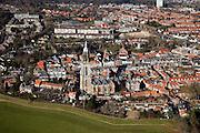 Nederland, Utrecht, Rhenen, 07-03-2010; stadsgezicht met Cunerakerk en Cuneratoren..Cityscape Cunera Church and Tower..luchtfoto (toeslag), aerial photo (additional fee required).foto/photo Siebe Swart