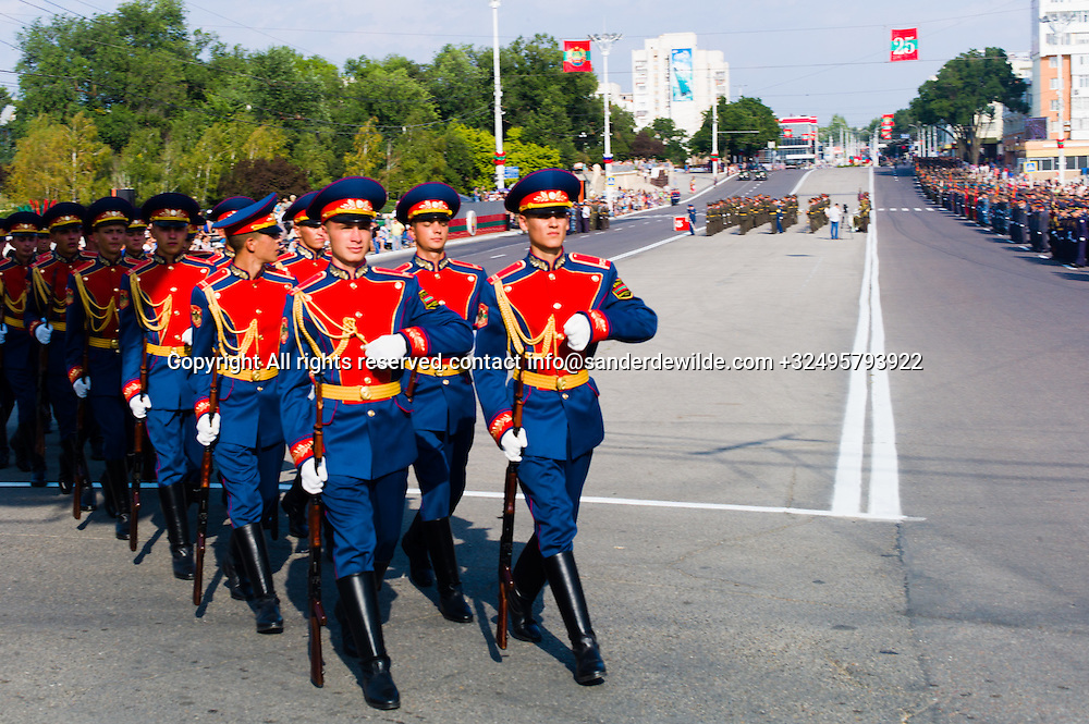 20150831 Moldova, Transnistria,Pridnestrovian Moldavian Republic (PMR) Tiraspol. Rehersal for the big parade, in the 25th  Transnistrian independance day when  they had a war separating from Moldova.The elite corps marches crossing the 25th of october street, during rehearsals.
