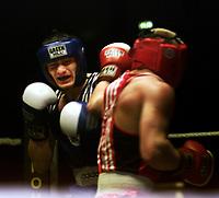 Boxing, Norway Box, Oslo  januar 2001 Jordalhallen.  Kay Tverberg, Norge (blått.) og Darius Jasevicius, Litauen.