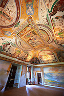 Room of Noah ( Sala di Noe ). The room was decorated with frescoes by Durante Alberti between 1570 and 1571 from drawings by Girolamo Muziano. The scenes depict Noah and the floods.  Villa d'Este, Tivoli, Italy. A UNESCO World Heritage Site. .<br /> <br /> Visit our ITALY PHOTO COLLECTION for more   photos of Italy to download or buy as prints https://funkystock.photoshelter.com/gallery-collection/2b-Pictures-Images-of-Italy-Photos-of-Italian-Historic-Landmark-Sites/C0000qxA2zGFjd_k<br /> If you prefer to buy from our ALAMY PHOTO LIBRARY  Collection visit : https://www.alamy.com/portfolio/paul-williams-funkystock/villa-este-tivoli.html