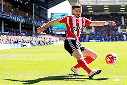 Shane Long of Southampton in action - Mandatory by-line: Matt McNulty/JMP - 16/04/2016 - FOOTBALL - Goodison Park - Liverpool, England - Everton v Southampton - Barclays Premier League